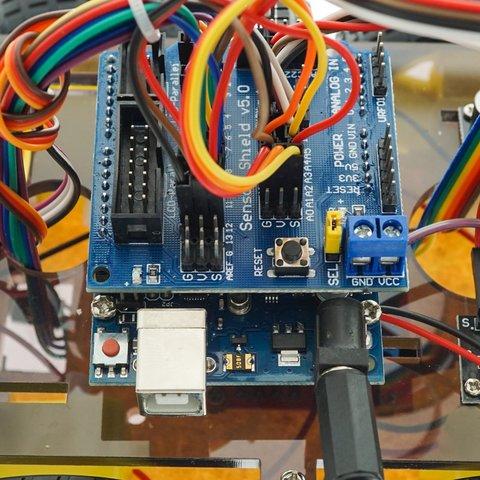 Конструктор Arduino Розумна машинка з Bluetooth-керуванням + посібник користувача Прев'ю 3